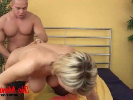 Милфа порно Рейчел берет его глубоко и трудно секс видео