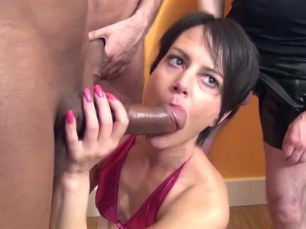 Милфа порно Крошечные милфа берет facefull спермы секс видео