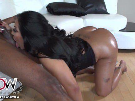 Милфа порно WCP клуб Анальный Kiara Миа и ее большие булочки секс видео