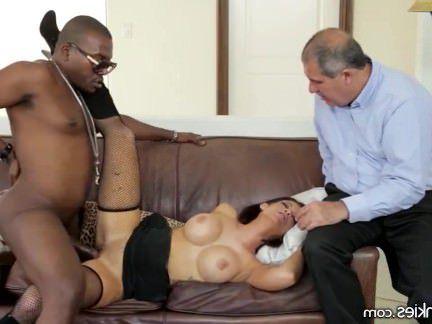 Милфа порно Сука муж видит горячую жену ебут Черного парня секс видео