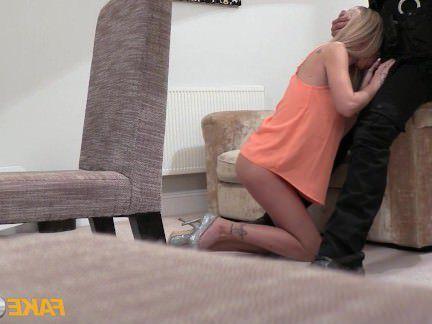 Милфа порно Фальшивый полицейский извращенец в полицейской форме трахает блондинку секс видео