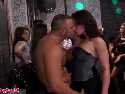 Милфа порно Euro любитель вечеринка с младенцы трахал после bj секс видео