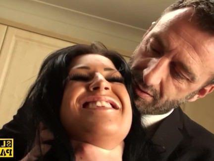 Милфа порно Bigtitted британец roughfucked перед лицом секс видео