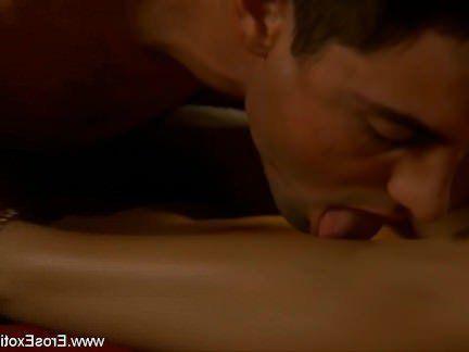 Милфа порно Лизать Коричневый Киска Губы секс видео