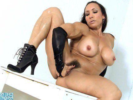 Милфа порно Дениз Масино-черный, мокрый и готовый видео-Женский Культурист секс видео