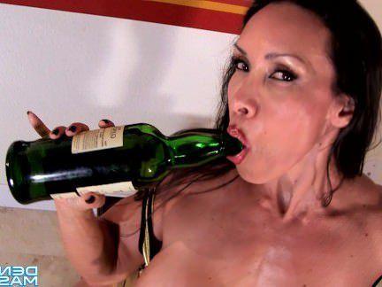 Милфа порно Дениз Масино — Жидкое Золото Любовь-Женский Культурист секс видео