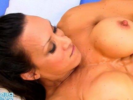 Милфа порно Дениз Масино-Задняя Палуба Вуайерист-Женщина Культурист секс видео