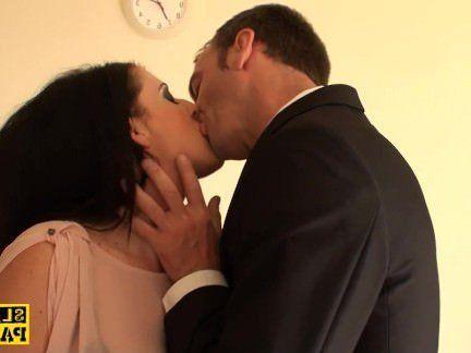 Милфа порно Британский суб преобладают с дик секс видео