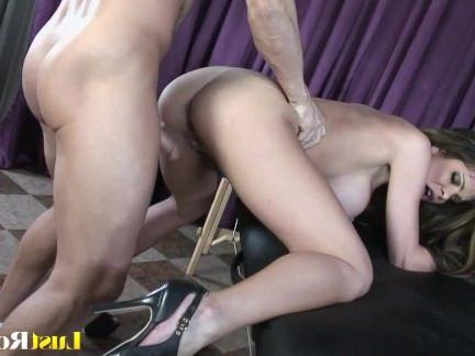 Милфа порно Это то, что получается на очаровательны Хантер Брайс секс видео