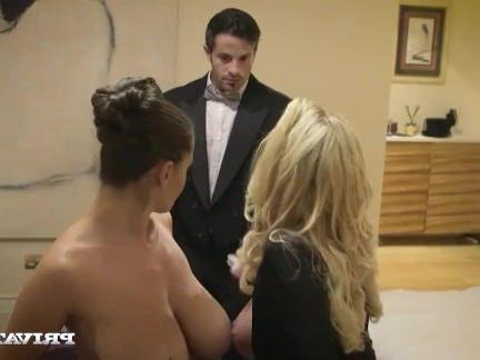 Милфа порно Чувственная Джейн имеет горячий секс втроем с Лекси Лоу секс видео