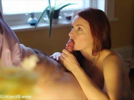 Милфа порно Минет В Профиль С Рыжеволосый красотка секс видео