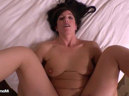 Милфа порно Невинный брюнетка мамаша мошенничество сперма в жопе секс видео