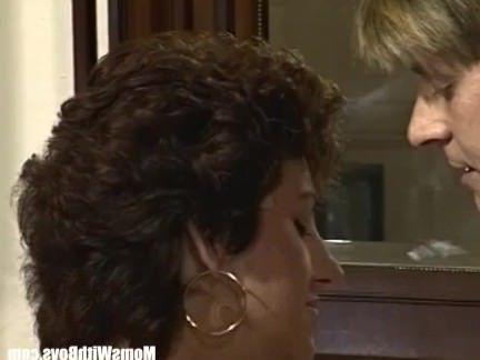 Милфа порно Роговой Жена Собачьи Трахал В Сексуальное Женское Белье секс видео