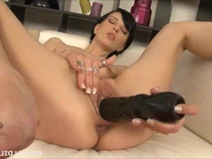 Порно Милф Высокий русский заполняет ее рот и мудак с жестокой фаллоимитаторы секс видео бесплатно
