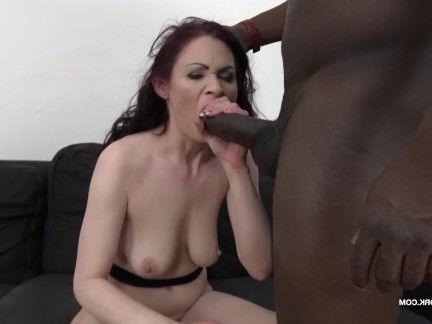 Милфа порно Мачеха в хардкор черный анал получает жопа пиздец и киска лизнул секс видео