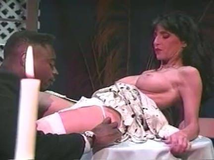 Милфа порно Межрасовый белый чулки чертов для горячий сука секс видео