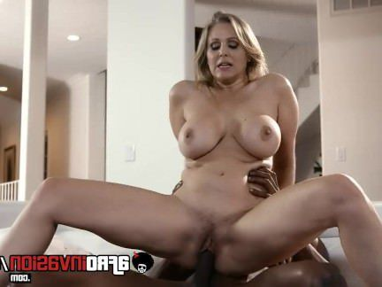 Милфа порно Busty Cougary Julia Ann Interracially Fucked секс видео
