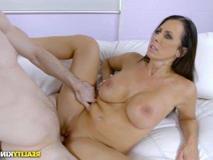 Милфа Порно RealityKings — Лучший милфа В Бизнес Рейган Фокс секс видео бесплатно