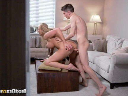 Милфа порно Хорди Эль-Ниньо Полла трахает Кейла зеленый секс видео
