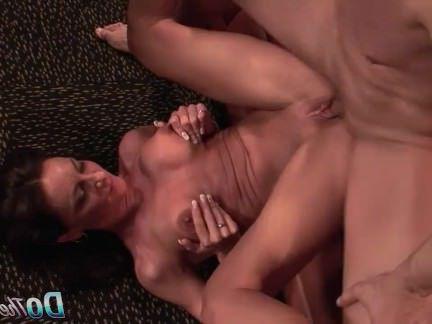 Порно с Милфой Зрелые жена грохнули и лица перед мужем секс видео бесплатно