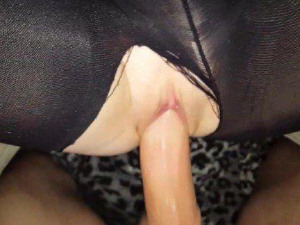 Милфа порно Грязный сперма в жопе в рваные колготки от 1-го лица секс видео