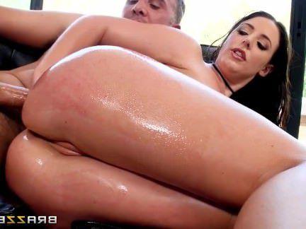 Милфа порно Big Tit, Большой Туз милф Gets Анальный Сюрприз — Brazzers секс видео