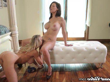 Милфа порно Пета Дженсен и Брэнди любят лесбийские драки! секс видео