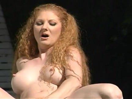 Милфа порно Рыжий милфа брызгали тело Энни так много секс видео