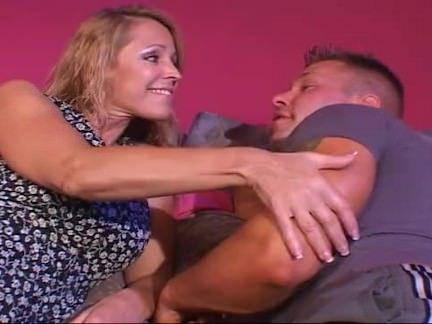 Милфа порно Чертов мамочки бритые пизда секс видео