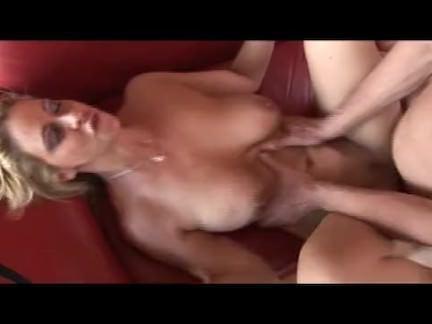 Милфа порно Блондинка мамаша киска creampied для вас секс видео