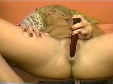 Милфа порно Блондинка мамаша получает пьяный секс видео