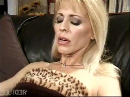 Милфа порно Ее придурок держит ключ к моему будущему секс видео